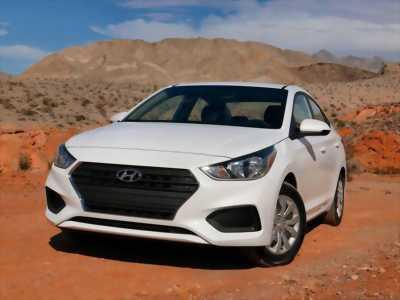 Hyundai Accent 2018 giá rẻ số sàn