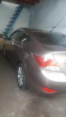 Bán Hyundai Accent đời 2011, màu nâu, nhập khẩu nguyên chiếc bán lại giá rẻ
