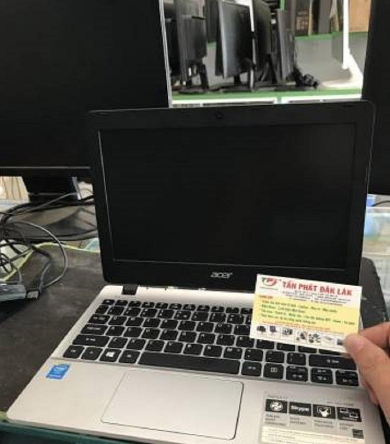 Laptop Acer Aspire E3 112-P08R (Silver)