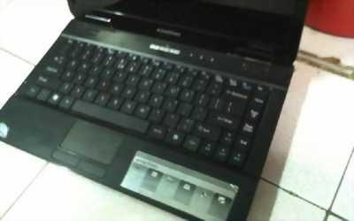 Acer co2 ram 2g. hdd 80g. mới 99%, không móp mép