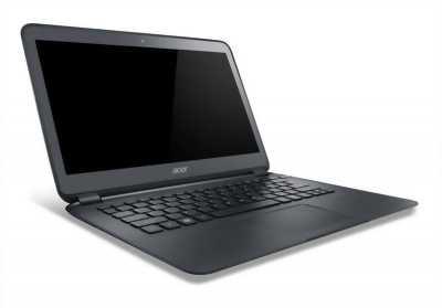Laptop Acer 5741G, bề ngoài xấu, bên trong nguyên rin