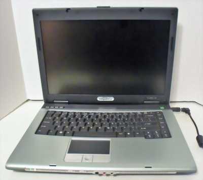 Laptop ACER mỏng đẹp N2940 Ram 4G/500G pin 3h