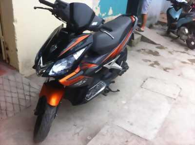 Mình cần bán xe Honda Airblade Fi Việt full AB Thái, cam đen