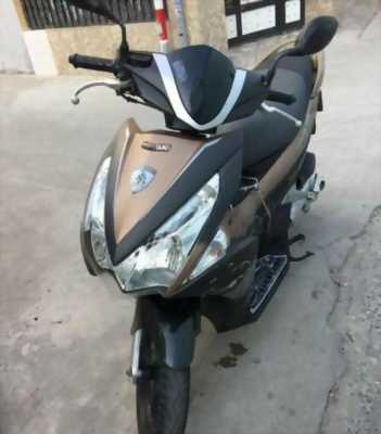 Xe Honda AB đời 2012 còn zin và đẹp