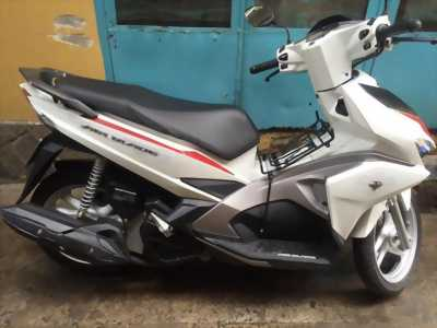 Honda Air Blade màu trắng.29p1-10192.