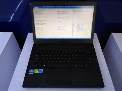 Laptop hiệu Asus i3 đời 2 máy nữ xài kỹ như mới