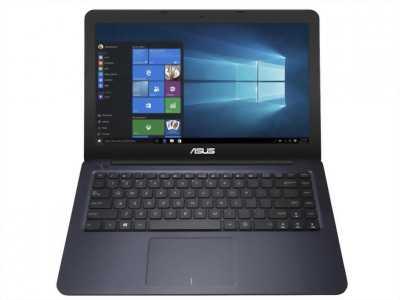 Laptop đang Asus G51 core i3 ram 4gi pin mới2h