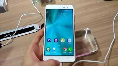 Asus Zenfone 3 Trắng 64 GB