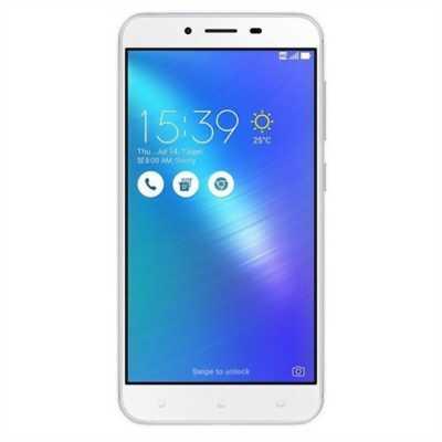 Asus Zenfone 3 16 GB trắng