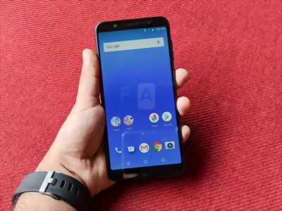 Asus Zenfone MaxPro M1 4GB 64Gb dùng chưa được tháng quận 1
