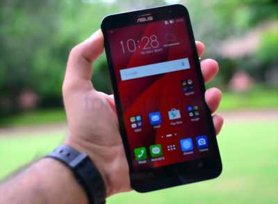 Asus Zenfone 2 ram 4gb rom 64gb 5.5in 4G android 6 quận 1