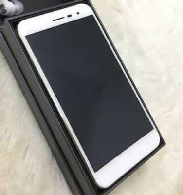 Zenfone 3 ZE520KL  Ram 4GB/64GB