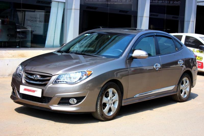 Cần bán gấp một xe huyndai Avante đời 2013 xe đảm bảo chất lượng