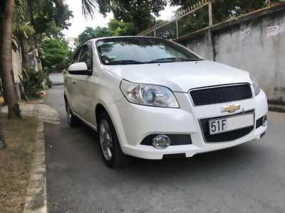 Em bán Chevrolet Aveo 2015 số sàn màu trắng cọp