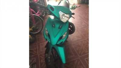 Mình muốn bán xe axelo màu xanh nhìn đẹp như trong ảnh với giá rẻ