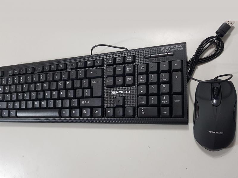 Bộ bàn phím chuột NEO KM101-BLK có dây