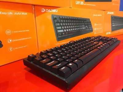 KeyboardGamingDareuLK135 màuđenchính hãng