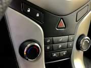 Bán xe ô tô Chevrolet Cruze LS 1.6 MT 2013 ở quận 12