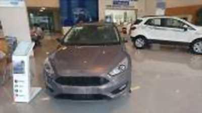 Bán xe ô tô Ford Focus Sport 1.5L 2017 giá 733 Triệu