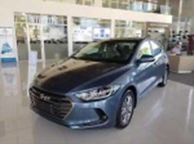 Bán xe ô tô Hyundai Elantra 1.6 AT 2018 giá 608 Triệu