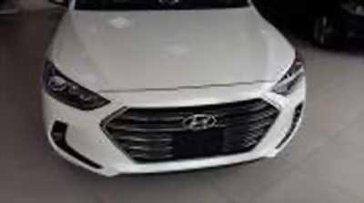 Bán xe ô tô Hyundai Elantra 1.6 AT 2018 giá 618 Triệu