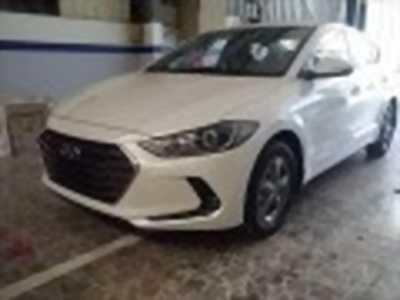 Bán xe ô tô Hyundai Elantra 1.6 MT 2018 giá 555 Triệu