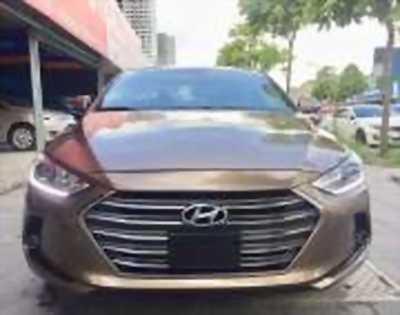 Bán xe ô tô Hyundai Elantra 2.0 AT 2016 giá 665 Triệu