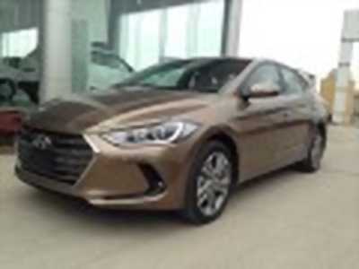 Bán xe ô tô Hyundai Elantra 2.0 AT 2018 giá 655 Triệu