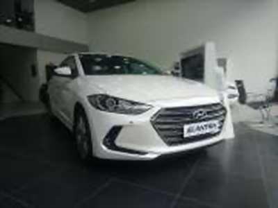 Bán xe ô tô Hyundai Elantra 2.0 AT 2018 ở Hà Nội