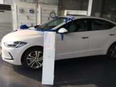 Bán xe ô tô Hyundai Elantra 2.0 AT 2018 giá 660 Triệu