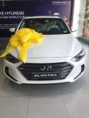 Bán xe ô tô Hyundai Elantra 2.0 AT 2018 giá 664 Triệu