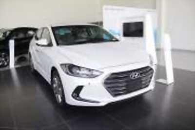 Bán xe ô tô Hyundai Elantra 2.0 AT 2018 ở quận 11