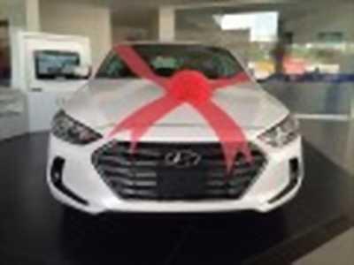 Bán xe ô tô Hyundai Elantra 2.0 AT 2018 giá 699 Triệu