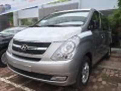 Bán xe ô tô Hyundai Grand Starex 2.4 MT 2017 giá 890 Triệu