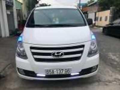 Bán xe ô tô Hyundai Grand Starex 2.5 MT 2017 giá 885 Triệu