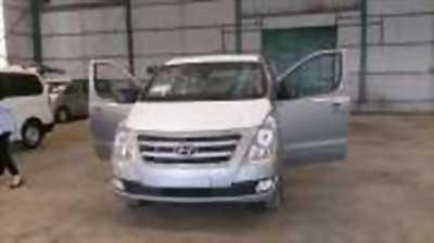 Bán xe ô tô Hyundai Grand Starex 2.5 MT 2017 giá 972 Triệu