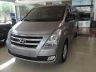 Bán xe ô tô Hyundai Grand Starex 2.5 MT 2017 giá 985 Triệu