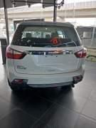 Bán xe ô tô Isuzu MU-X 3.0 4X2 AT 2017 giá 910 Triệu