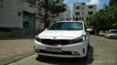 Bán xe ô tô Kia Cerato 1.6 AT 2017 giá 595 Triệu