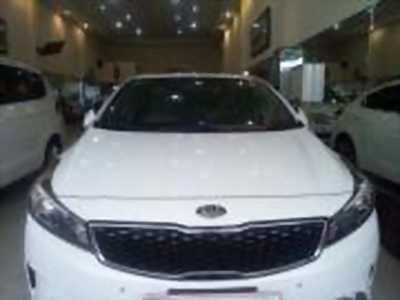 Bán xe ô tô Kia Cerato Signature 1.6 AT 2017 giá 575 Triệu