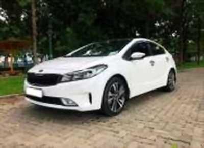 Bán xe ô tô Kia Cerato Signature 1.6 AT 2017 giá 610 Triệu