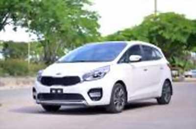 Bán xe ô tô Kia Rondo GATH 2018 giá 779 Triệu