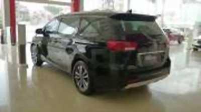 Bán xe ô tô Kia Sedona 2.2L DAT 2018 giá 1 Tỷ 69 Triệu