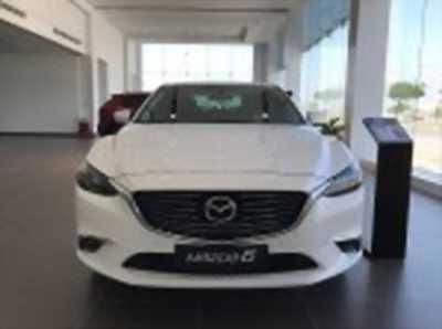Bán xe ô tô Mazda 6 2.0L Premium 2018 giá 899tr màu trắng.