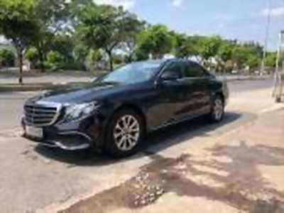 Bán xe ô tô Mercedes Benz E class E200 2017 giá 1 Tỷ 820 Triệu tại quận 4