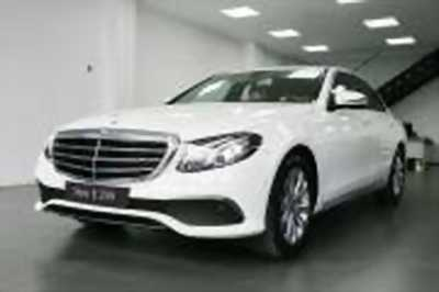 Bán xe ô tô Mercedes Benz E class E200 2017 giá 2 Tỷ 99 Triệu