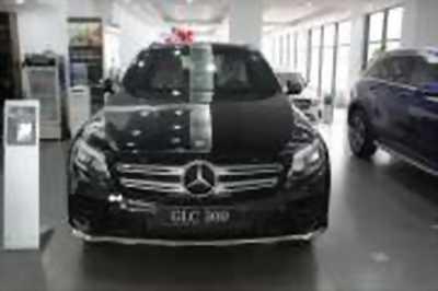 Bán xe ô tô Mercedes Benz GLC 300 4Matic 2018 giá 2 Tỷ 149 Triệu