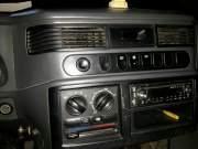 Bán xe ô tô Mercedes Benz MB 140D 2002 giá 100 Triệu