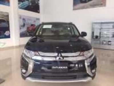 Bán xe ô tô Mitsubishi Outlander 2.0 CVT 2018 giá 807 Triệu