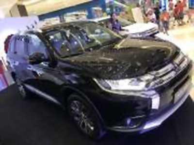 Bán xe ô tô Mitsubishi Outlander 2.0 CVT 2018 giá 808 Triệu